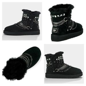 UGG Limited Edition W Anvil Mini Boot - Black